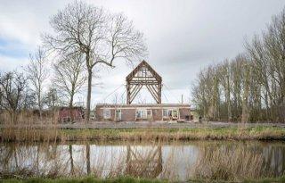 Fotograaf+Heleen+Peeters+brengt+piramides+van+polder+in+beeld