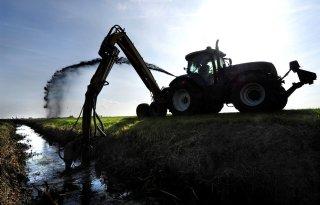 Waterschap+Scheldestromen+begonnen+met+onderhoud+waterlopen