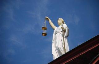 Rechter legt protestboeren taakstraffen op