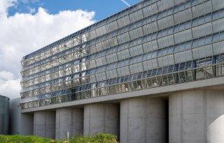 Inagro opent dakserre voor onderzoek glas- en stadstuinbouw