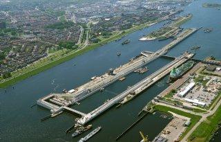 Aanpassing+nieuwe+zeesluis+tegen+verzilting+Noordzeekanaal