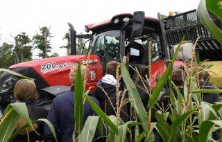 Sallandse boeren delen onderzoeksresultaten met studenten