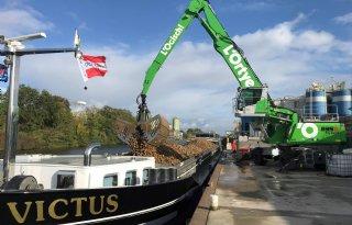 Limburgse bieten per schip naar suikerfabriek