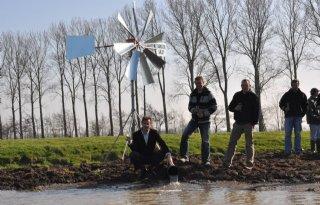 Boeren Zuidhorn plaatsen plas-drasmolentje