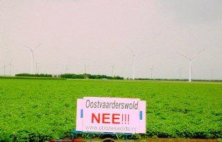 Vlag uit bij boeren Oostvaarderswold