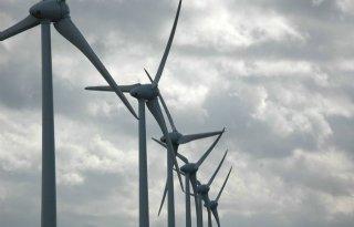 GroenLinks: windmolens langs snelwegen
