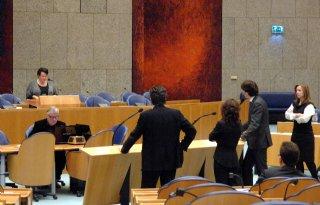 Kamer steunt Dijksma in mestbeleid