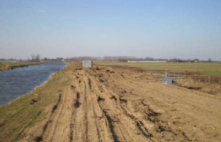 Kade Stompwijkse polder weer op orde