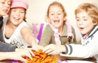 Gezonde+snack+in+frituurpan%3A+Groentefriet