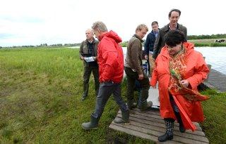 Dijksma%3A+natuurbeheer+boeren+onmisbaar