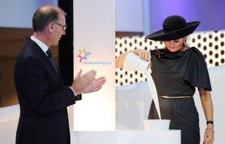Koningin+opent+nieuw+zuivelcentrum+RFC