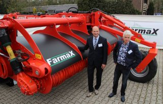 Zes meter brede spitmachine van FarmaX
