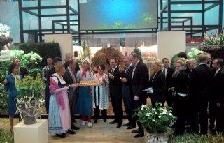 Dijksma opent paviljoen Grüne Woche