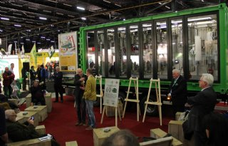 Biodieselfabriek in Assen gelanceerd (video)