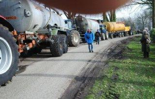 Protest+PvdD+in+Dalfsen+loopt+uit+de+hand