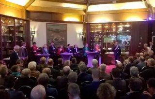 Utrechtse+politici+omarmen+%27Starterboerderij%27