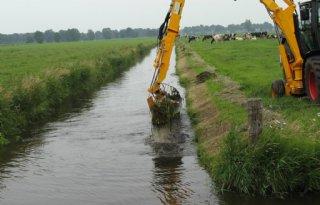Waterschap+Groot+Salland+maait+weer