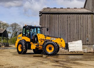Wiellader steeds meer in trek op boerenbedrijf