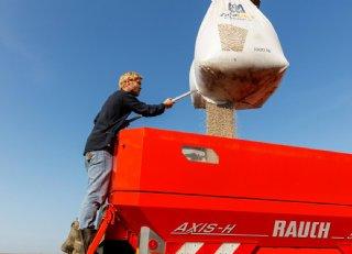 Maren Franke: 'Spreid aankoop van stikstofmeststoffen'