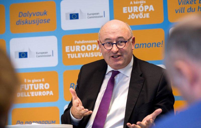 EU-landbouwcommissaris Phil Hogan wil doorgaan op het huidige pad van risicobeheersing.