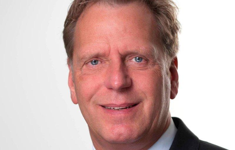 Fiscalist Ad de Bruyn hanteert de vuistregel dat een bv fiscaal een goede keus is bij een netto resultaat van 150.000 euro per ondernemer, dus 300.000 bij twee vennoten.
