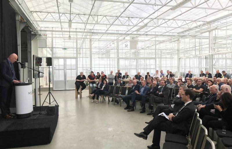 Directeur Jan van Hoogen benadrukt het belang van de rassenveredeling voor een onderneming als Agrico.