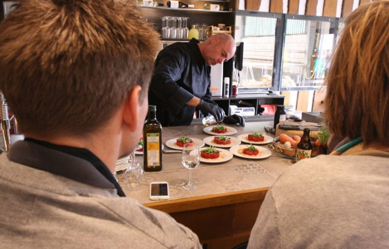Moonen verzorgt workshops over Crole-vlees.