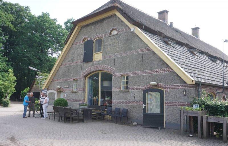 Boerderij 't Paradijs in Barneveld biedt ook dagbesteding voor ouderen.