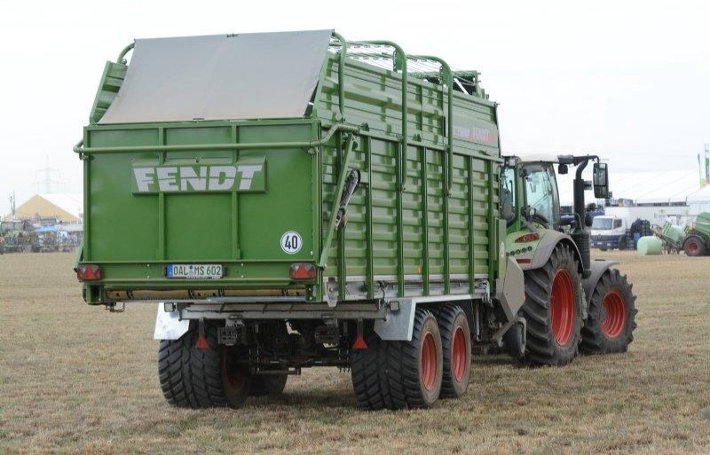 Wie niet perst maar inkuilt met een opraapwagen, kan bij Fendt nu de Tigo MS bestellen. Een eenvoudige opraapwagen met balkeninvoer.