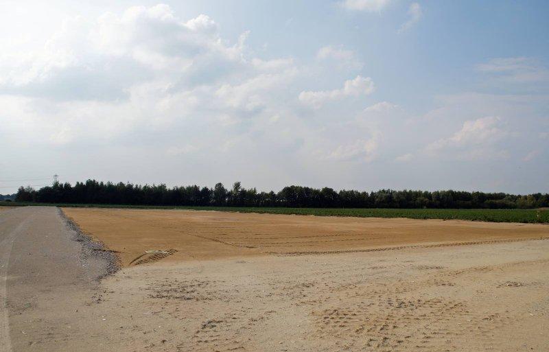 Op deze plek aan de Witveldweg in Horst wordt De Kloeke Kip gebouwd.