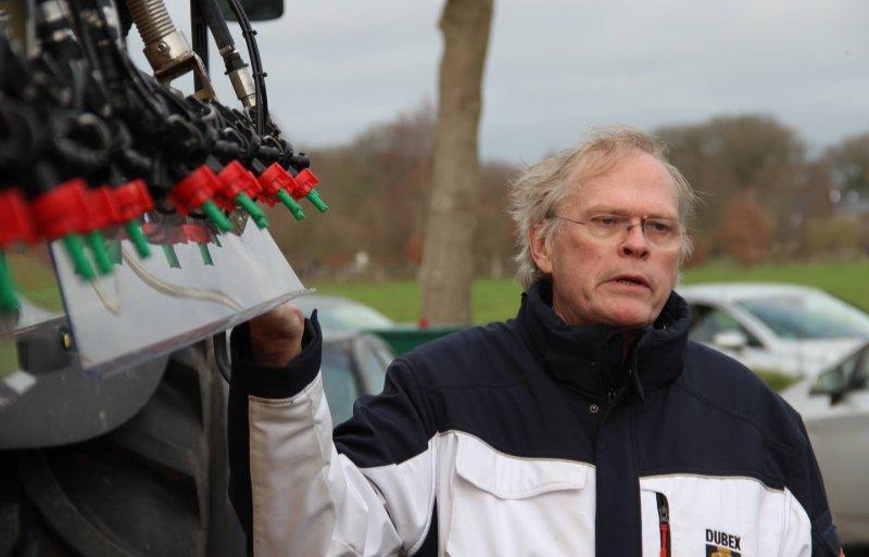 Dubex-directeur Nico Dubbelboer geeft uitleg over het Wave-systeem.