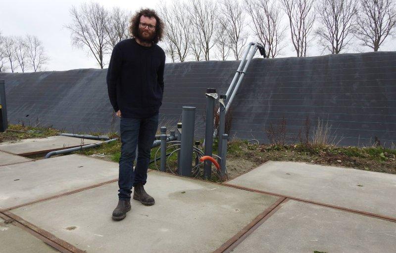 Vlakbij het bedrijf van Tim Moerman is een zoetwaterbassin van 4.000 kuub aangelegd.