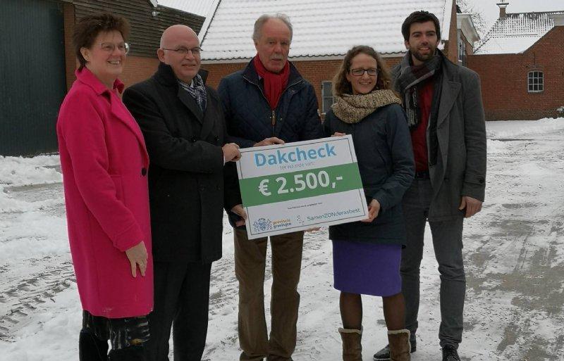 Van links naar rechts: Alma den Hertog, Henk Staghouwer, Remt Meijer, Nienke Homan en Simon Visbeek.