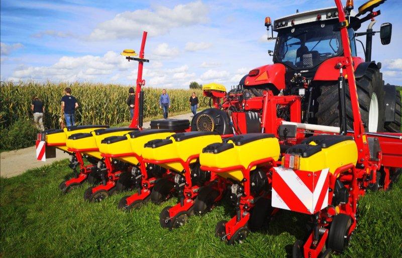 Boeren gaan de mais in waar niet is geploegd.