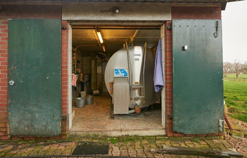 De melkstal draait nog één keer per twee weken.
