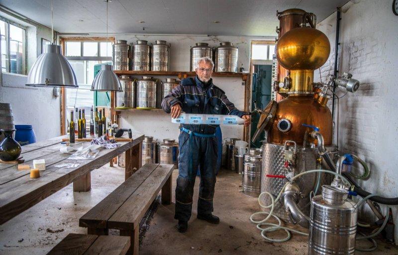 Piet Verhage (71), fruitteler in Luttelgeest