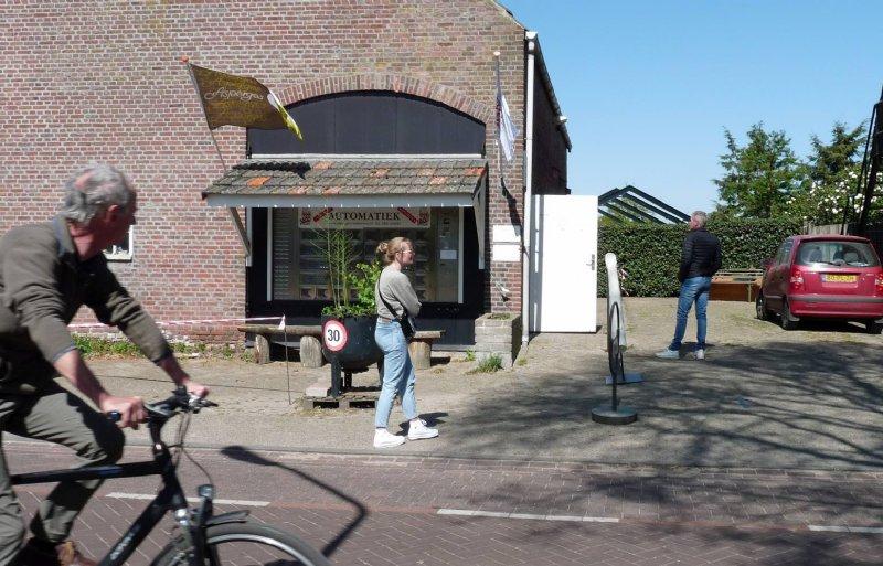 De winkel van Asperges Verhoeven in Cromvoirt heeft nog nooit zo goed gelopen als tijdens de coronacrisis.