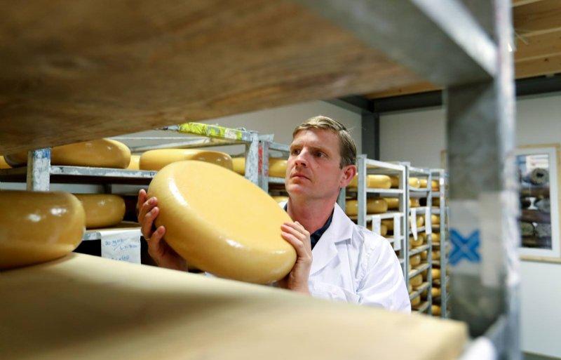 De kaas is onder meer te koop bij de Coop supermarkten en in hun eigen webshop.
