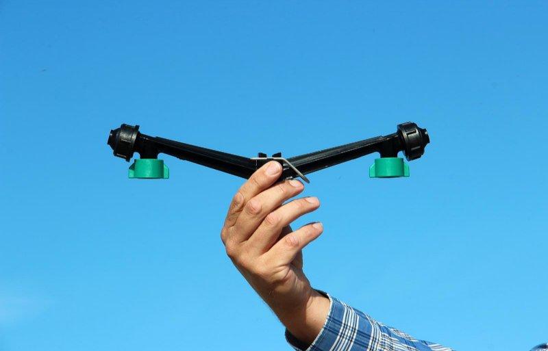 Met een eenvoudig hulpstuk van Agrifac is de dopafstand te verkleinen naar 25 centimeter.