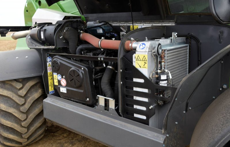 De FPT-motor ligt onder een hoge motorkap. Dat maakt koelen, maar ook het onderhoud gemakkelijk.