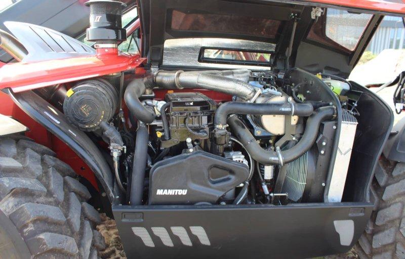 De John Deere-motor maakte plaats voor een Stage V Yanmar met Eco-Stopsysteem.