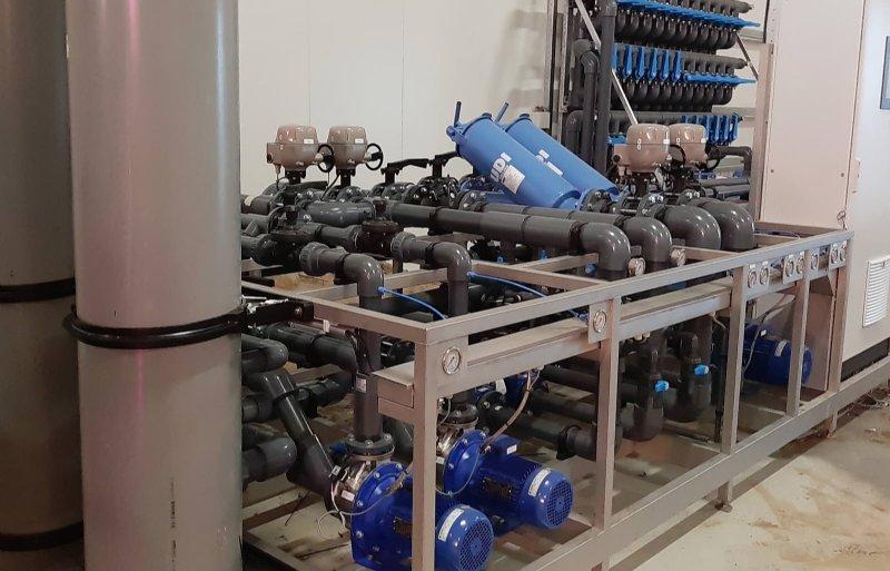 Technische installatie voor ondergrondse wateropslag.