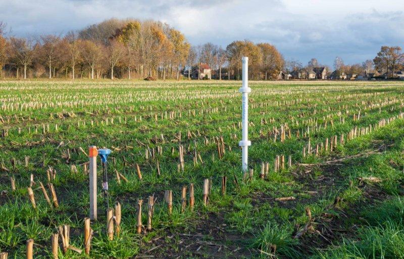 Sensoren meten het fosfaat- en nitraatgehalte.