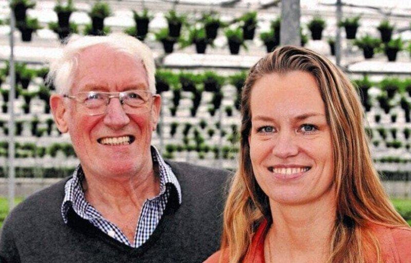 Kelly Raadschelders met haar vader Jan Raadschelders.