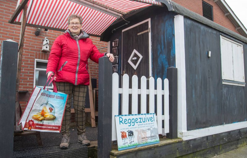 Riny Boode koopt al haar zuivel bij Reggezuivel.