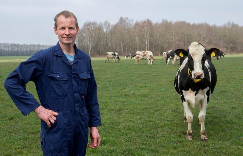 Melkveehouder Gerard Weitkamp uit Noord-Sleen