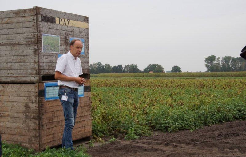 Janjo de Haan, onderzoeker van WUR Open Teelten