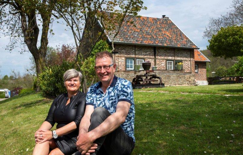 Marianne en Wiel Crombach hebben er bewust voor gekozen om zonder personeel te werken.